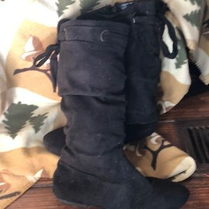 Other - Black boots size 4